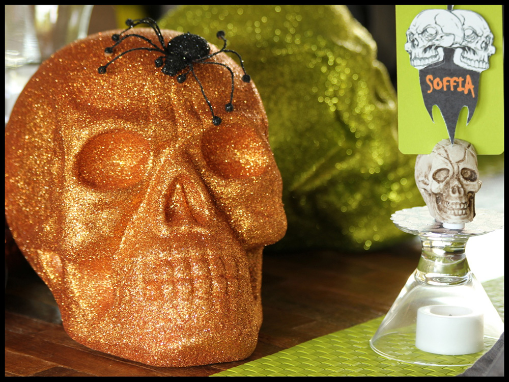 Spooky glitter skull and spider!