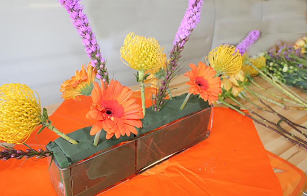 florist arranging 1
