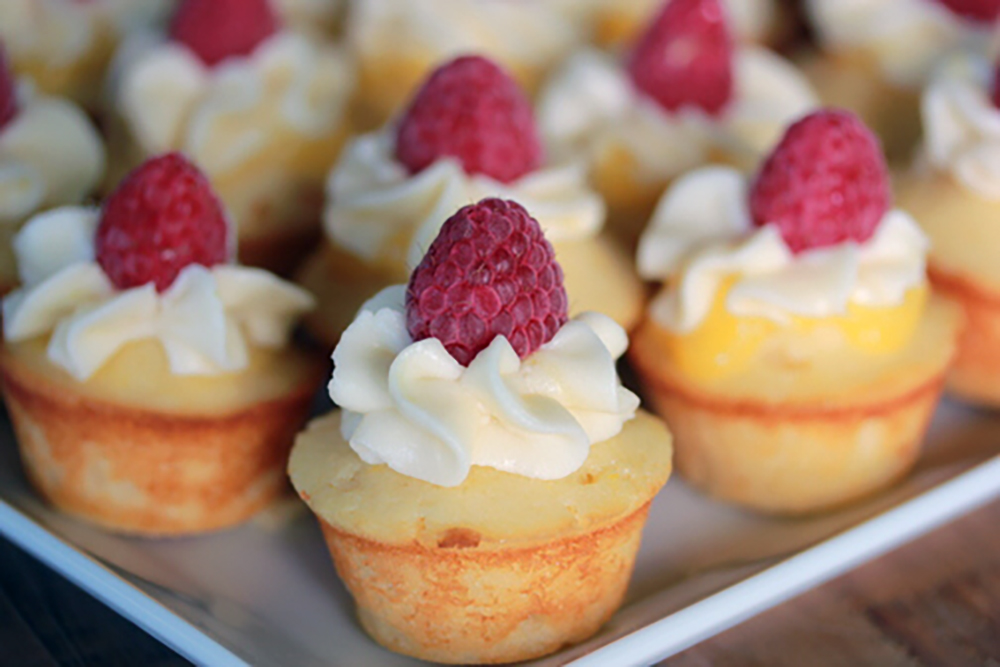 Mini Meyer Lemon Cupcakes | Soffia Wardy
