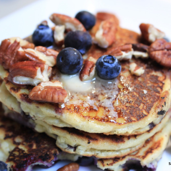 Almond Bluberry Pancakes-finished