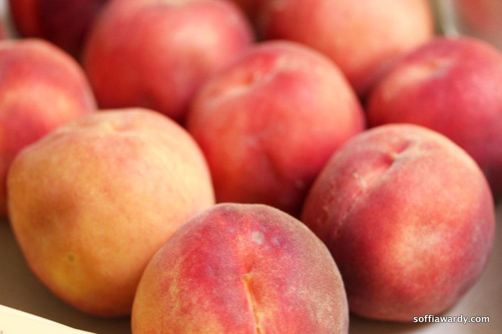 Palisade-Peach-Crisp-peaches