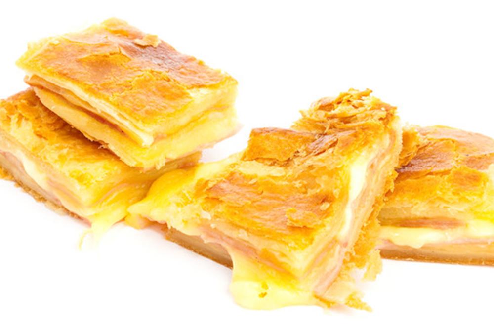 Ham-Gruyere-Pastry-slider