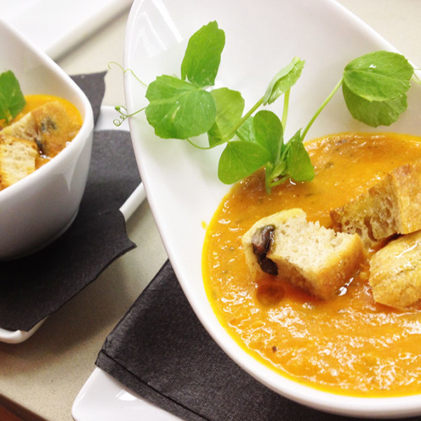 Creamy Heirloom Tomato Soup-Featured